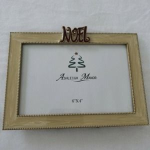 Ashleigh Manor Picture Frame 4 x 6 Christmas Noel